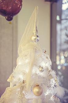 L'arbre de Noël se pare de dentelle de la Maison Sophie Hallette